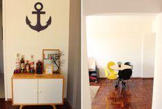 Combinações de cores para salas   Comprando Meu Apê Book Display Stand, 5am Club, Bar Tray, Zara Home, My House, Kitchen Decor, Sweet Home, Loft, Interior Design