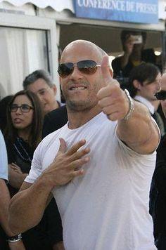 Vin Diesel---how you doin? Vincent Diesel, Vin Diesel The Rock, Dom And Letty, Hot Hunks, Paul Walker, Hairy Men, American Actors, Gorgeous Men, Beautiful