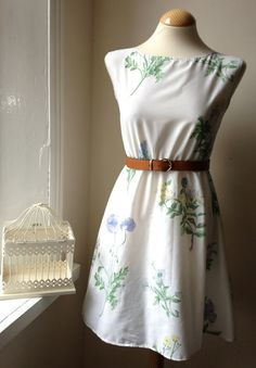 Jennifer Lilly Handmade White Botanical Floral Meadow Vintage Cotton Dress XS, S £19.29
