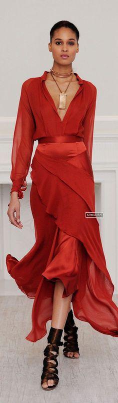 Juan Carlos Obando Fall 2013 Ready-to-Wear Fashion Show - Trendy Dresses Red Fashion, Look Fashion, Runway Fashion, High Fashion, Fashion Show, Fashion Dresses, Womens Fashion, Fashion Design, Fashion Clothes