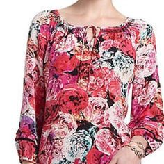 Anthropologie Vanessa Virginia Captured Rose Top Excellent condition Size XS Purchased at Anthropologie Vanessa Virginia Floral Rose Peasant Blouse. Smoke and Pet Free Home. Vanessa Virginia  Tops Blouses