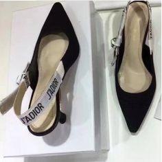 eeba1d67 Las 11 mejores imágenes de AW/17 Shoes | Heels, Shoes y Boots