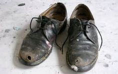 Mojo Spills....: Dirty Old Shoes