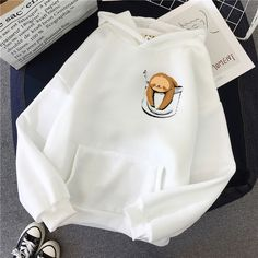 Stylish Hoodies, Comfy Hoodies, Cute Comfy Outfits, Mode Streetwear, Funny Hoodies, Cute Jackets, Hoodie Outfit, Teen Fashion Outfits, Cute Shirts