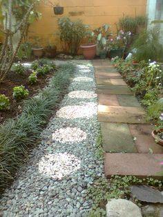 Como hacer un desague para aguas lluvias youtube ideas for Grava de colores para jardin