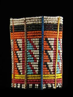 Beaded bracelets from the Masai people in Kenya - Virtual Artifacts African Beads, African Jewelry, Ethnic Jewelry, African Art, Beaded Jewelry, Beaded Bracelets, African Bracelets, African Accessories, Jewellery