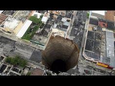 Geheimnisvoller Planet : Vom Erdboden verschluckt Doku 2015