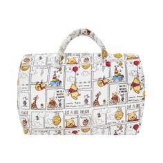 """Non c'è modo migliore per """"arruffianarvi"""" la collega diventata mamma da poco che regalandole la borsa multiuso Disney di Winnie The Pooh. La trovate da Coincasa a € 24,90!"""