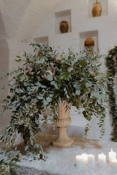Amsicora - Vasi imperiali con ulivo per esterno chiesa - candle light wedding ceremony, vase with olive brunches compoistion