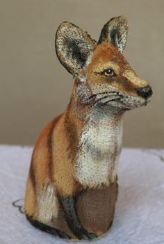 http://www.ebay.com/itm/Vintage-1985-Miniature-Artist-Mary-Hoot-Fox-Hand-Painted-Soft-Sculpture-/161925719853?hash=item25b386672d:g:~L0AAOSwhkRWecVU