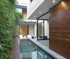 Swimming pool in a small space