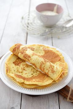 Puszyste naleśniki Crepe Recipes, Dessert Recipes, Sweet Recipes, Sweet Tooth, Food And Drink, Yummy Food, Snacks, Baking, Breakfast