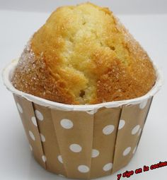 Magdalenas de limón y canela Keto Snacks, Snack Recipes, Cupcake Cakes, Cupcakes, Cornbread, Macaroni And Cheese, Bakery, Brunch, Food And Drink