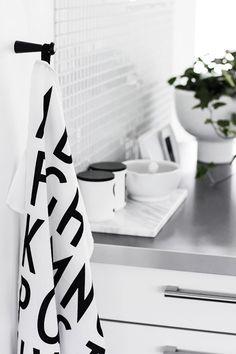 Black and White / Noir et Blanc
