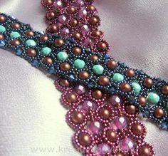 Bracelets, necklaces, berries, earrings, pendants, pearls, lace patterns produced descriptions pearl stitch