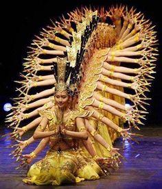Beijing dancers.