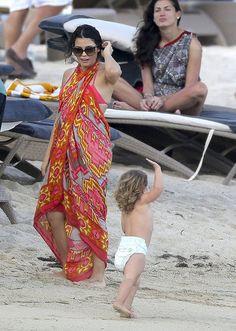 Theodora and Callum Chichen Itza Tie All Scarf in Coral Plus Size Beach Wear, Celebrity Bikini, Swimsuit Edition, Bikini Fashion, Dress Fashion, Maternity Fashion, Maternity Style, Bikini Pictures, Sexy Bra