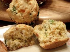 A delicious savory muffin - great for breakfast on the go, or serve with soup or salad. You can also substitute minced ham for the bacon, if you like.  Note to World Tour participants - this recipe is typical of the fresh cheese and farm fresh ingredients found in Wisconsin - the MidWestern U.S. region.