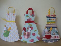 apron cards (handmade), tutorial will follow at partyforacause.org soon!