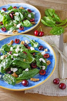 Spinach Salad with Cherries, Goat Cheese and Walnuts / Patty's Food