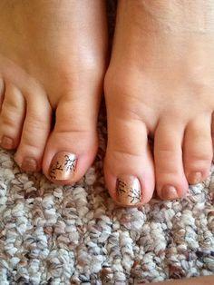 Fall festive nails