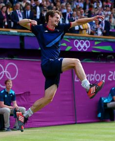 Andy Murray of Great Britain celebrates winning the singles gold medal over Roger Federer. #london2012