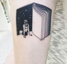 45 charming book tattoo designs ideas for bookworms tattoos Model Tattoos, Body Art Tattoos, New Tattoos, Small Tattoos, Tatoos, Crazy Tattoos, Drawing Tattoos, Maori Tattoos, Pretty Tattoos