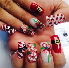 Day 356: Acrylic Christmas Nail Art www.nailsmag.com