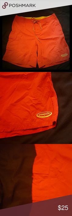 Patagonia mens swim trunks size 38 There are patagonia in brand. With a size 38 waist that has a tie in the front. They are red in color with yellow inside. they do not have built in netting. any questions. Red Swim Trunks, Swim Swim, Fashion Design, Fashion Tips, Fashion Trends, Patagonia, Swimming, Man Shop, Tie