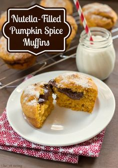 Nutella-Filled Pumpkin Spice Muffins - i heart eating