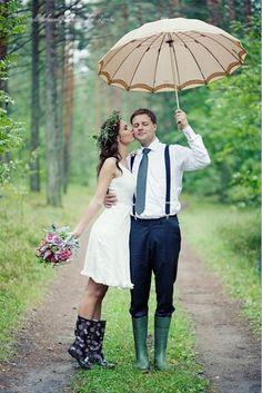 Wedding Bride & Groom in the Rain