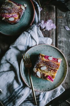 Almond Rhubarb Cake Recipe