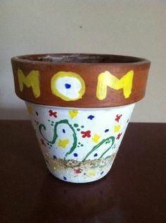 25 Mother's Day Craft Ideas #teachersfollowteachers #MothersDay #artsandcrafts