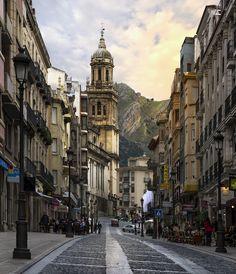 travelingcolors:  Calle Bernabé Soriano, Jaén | Spain (by Alberto Quero Molina)