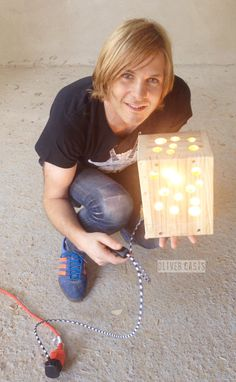 OC72 LED Lamp from Recycled EU Pallet. Oliver Casis © 2015
