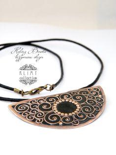Taste of Klimt - cloisonne enamel pendant - black - swirl - spiral by Doorsignforyou on Etsy