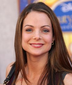 """Kimberly Williams-Paisley Photos Photos: Premiere Of Walt Disney Studios' """"Beauty And The Beast"""" Sing-A-Long DVD - Arrivals Kimberly Paisley, Brad Paisley, Kimberly Williams, Celebs, Celebrities, Beauty And The Beast, American Actress, Best Makeup Products, Movie Stars"""