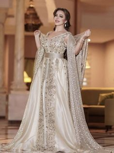 Image may contain: 1 person, standing and wedding Morrocan Wedding Dress, Morrocan Dress, Moroccan Bride, I Dress, Dress Outfits, Embroidery Suits Design, Fashion Corner, Muslim Fashion, Indian Dresses