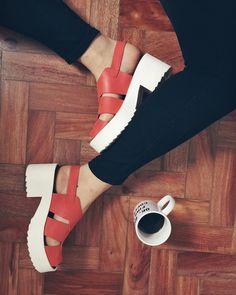 bom dia bom dia  | nova paixonite: essas sandálias  @inboxshoes by torradatorrada