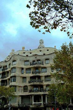 La Pedrera Barcelona  Casa Milà  Gaudí