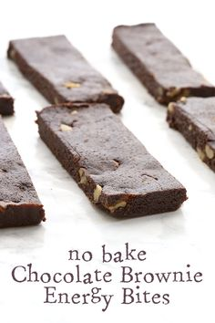 Easy to make and no baking required! These low carb, grain-free Chocolate Brownie Energy Bars rival anything you can buy at the store. Healthier too! Back in my high carb days, I could have bought …