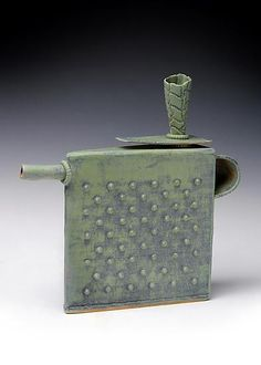 Cool Green Teapot: Mary Obodzinski: Ceramic Teapot - Artful Home Pottery Teapots, Ceramic Teapots, Pottery Art, Kintsugi, Cerámica Ideas, Ceramic Tableware, Tea Art, Tea Service, Chocolate Pots