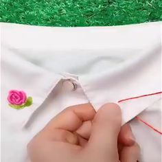 Easy sewing hacks are offered on our web pages. Take a look and you wont be sorry you did. Hand Embroidery Videos, Embroidery Flowers Pattern, Hand Embroidery Stitches, Hand Embroidery Designs, Embroidery Kits, Ribbon Embroidery, Brazilian Embroidery Stitches, Sewing Hacks, Sewing Tutorials