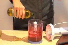 سنتحدث اليوم عن عصير مصنوع من الخضار ستحبونه. قضى رجل نمساوي اسمه رودولف بروجز RUDOLF BROJS أفضل جزء من حياته يبحث عن علاج للسرطان وأخيراً وجد العلاج.