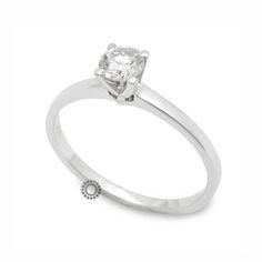 Μονόπετρο δαχτυλίδι με διαμάντι Brilliant από λευκόχρυσο Κ18 σε απλό και λεπτό δέσιμο που αναδεικνύει την πολύτιμη πέτρα | Μονόπετρα ΤΣΑΛΔΑΡΗΣ στο Χαλάνδρι #μονόπετρο #δαχτυλιδι #μπριγιάν