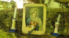 Shrine Abandoned Houses, Lost, Album, Places, Painting, Abandoned Homes, Painting Art, Paintings, Paint