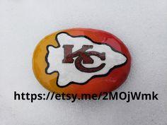 """Kansas City Chiefs 6 Paint Your Own 4/"""" Decorative Rocks"""