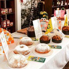 Oggi a #expo2015 è la giornata dedicata ai dolci della Lombardia. Sapete quanti sono quelli tradizionali? Ben 49 e sono tutti iscritti all'elenco dei prodotti agroalimentari tradizionali del ministero dell'Agricoltura. A raccontare le dolcezze della cucina lombarda oggi a #Milano c'era Iginio Massari maestro dei maestri dei pasticceri italiani (Foto: Coldiretti)  #igersmilano #igerslombardia #expo #expo2015 #expo2015milano #dolci #food #cucina #pasticceria #lombardia by lacronacaitaliana