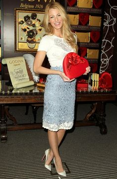 Blake Lively in a stunning Valentino ensemble and Christian Louboutin shoes.