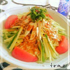 投稿たまってて少し前のお昼に♪これ食べたくて八丁味噌買いに走ったよ~(*^O^*)旦那も絶賛してた~♪美味しくてあっという間に完食だったわ~簡単美味しいレシピいつもありがとう♪ヽ(´▽`)/先に作られてた皆さん食べ友お願いします♪ - 275件のもぐもぐ - Tomoko Itoさんの八丁味噌の冷やし中華 by macaronT